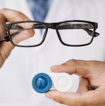 Refundacja soczewek kontaktowych przez pracodawcę – czy jest możliwa?