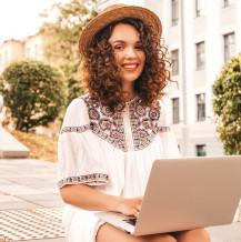 5 powodów, dlaczego warto kupować soczewki przez Internet