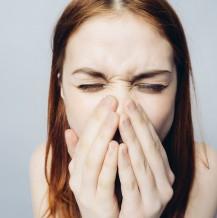 Soczewki dla alergików — sezonowe alergie a soczewki kontaktowe